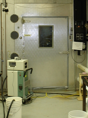 Freezer for lab testing to -40ºC/-40ºF