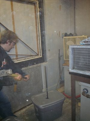 Hitting SamsonRiser™ with 10lbs sledge-hammer in -40ºC/-40ºF temperature